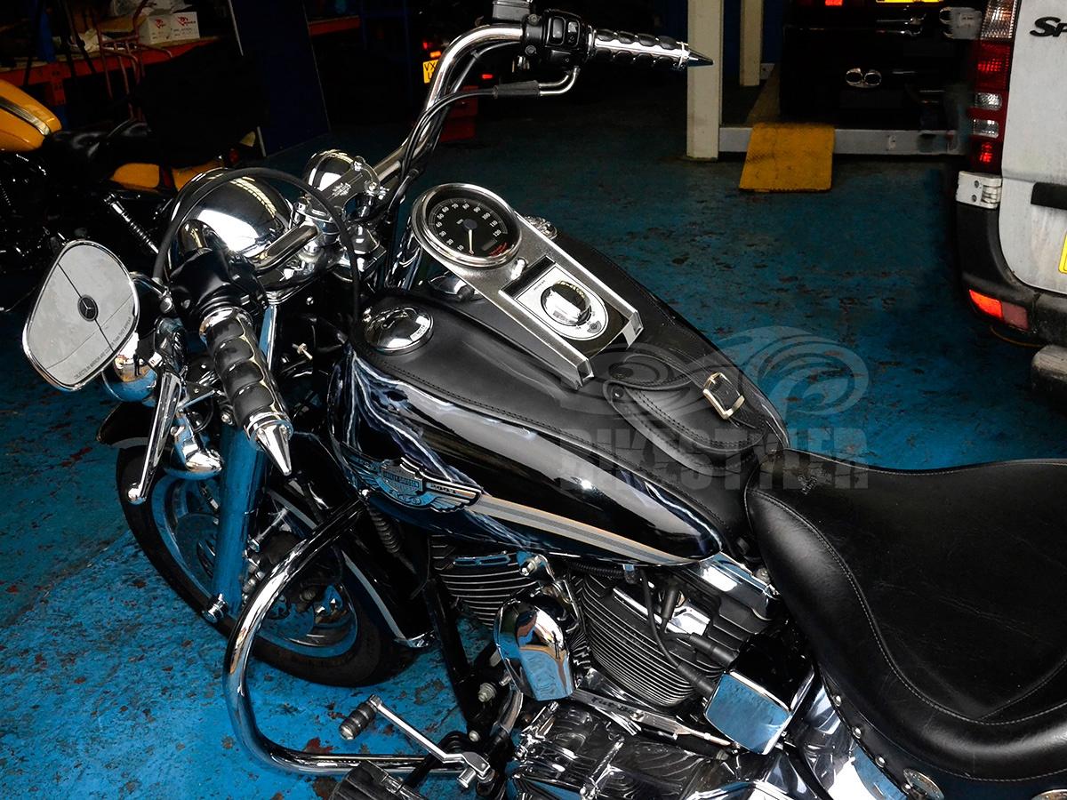 Protector de dep/ósito para Harley Davidson Softail Fatboy Heritage Deluxe Twin CAM Chap Tank Twin CAM Tankchap Color Negro
